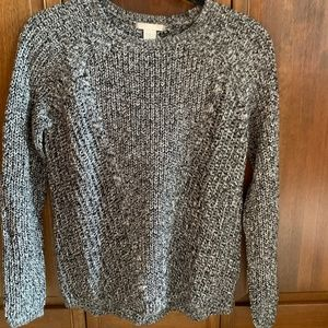 H&M black and white mixed sweater